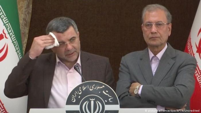 چرا تعداد مسئولین مبتلا به کرونا در ایران از کشورهای دیگر بیشتر است؟