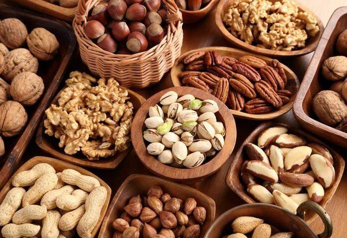 مواد غذایی لازم روزانه