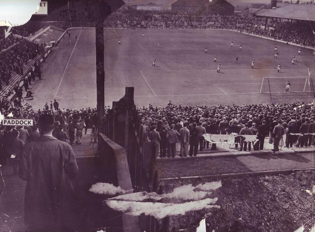 استادیوم الدترافورد در سال 1954