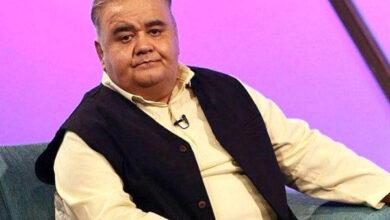 تصویر از کنایههای اکبر عبدی در مورد گرانیها در برنامهی تلویزیونی
