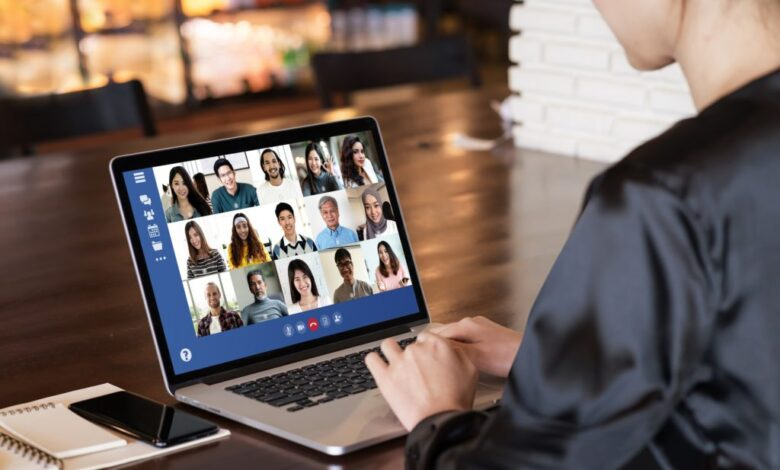 قوانین دورکاری و کلاسهای آنلاین   آشنایی با قوانینی که آزار دهنده هستند!