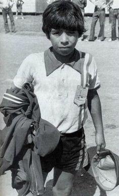 کودکی دیگو مارادونا