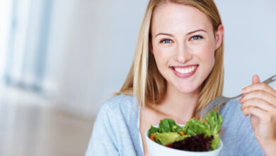 تصویر از مواد غذایی مفید برای زنان | خانمها این مواد غذایی را حتماً مصرف کنند