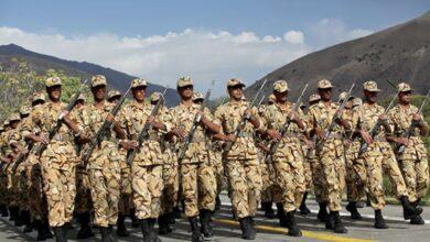 تصویر از نخستین مرحله افزایش حقوق سربازان اجرایی شد