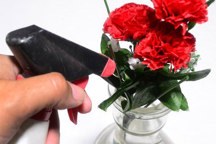 تمیز کردن گل مصنوعی