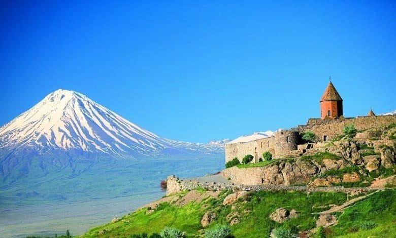 تصویر از جاذبههای گردشگری در کشور ارمنستان و شهر وان ترکیه را از دست ندهید