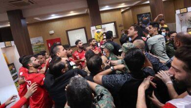 تصویر از درگیری شدید بازیکنان پرسپولیس و سپاهان + فیلم