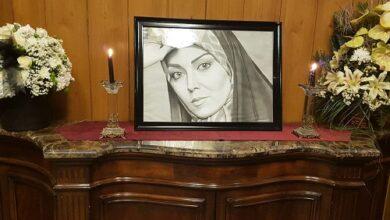 تصویر از تصاویر مراسم چهلم آزاده نامداری + فیلم صحبتهای همسر او