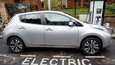 تصویر از کالج رکسهام انگلستان برای آموزش در رشته مکانیک خودروهای الکتریکی دانشجو میپذیرد.