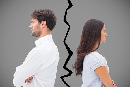 حل مشکلات بین زن و شوهر کار ریش سفیدها نیست!
