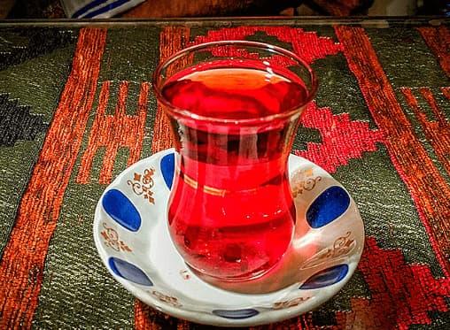 چای را به چه نحوی باید خورد که برایمان مفید باشد؟