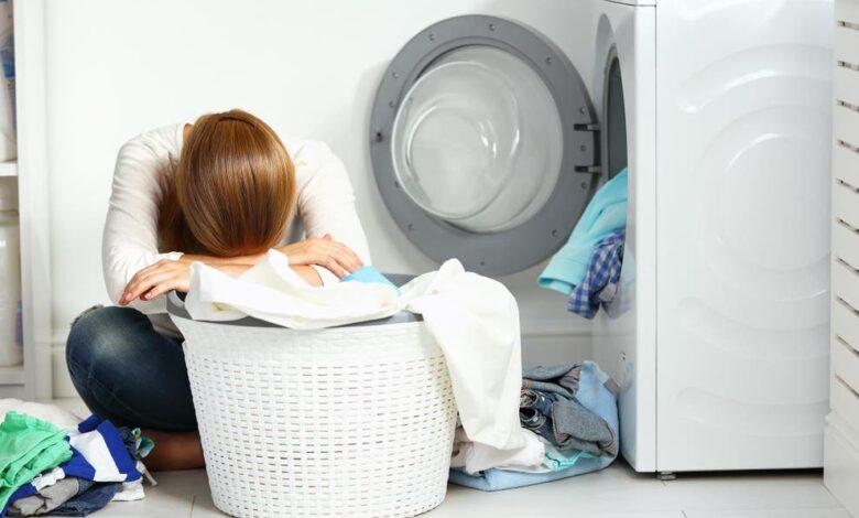 چگونه مصرف آب و برق ماشین لباسشویی را بهینه کنیم؟