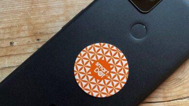 تصویر از برچسبهای تلفن ضد اشعه اسمارت دات هنوز در آمازون فروخته میشوند